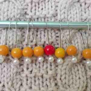 bubblegum stitch markers, gold
