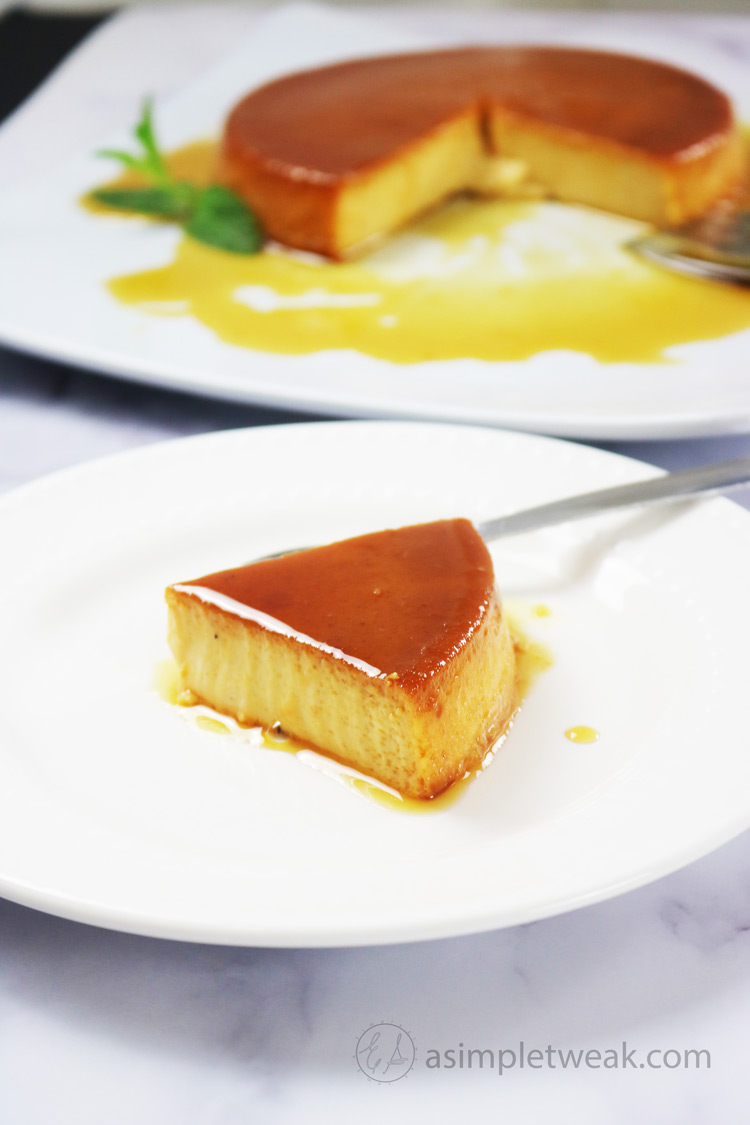 Every-bite-of-this-Pumpkin-Flan-is-worth-it
