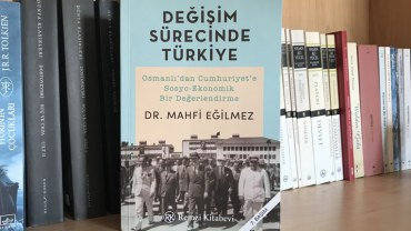 Mahfi-Eğilmez-Değişim-Sürecinde-Türkiye-kapak