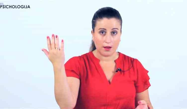 Kūno kalba bendraujant su vaiku. Ką sako mūsų gestai?