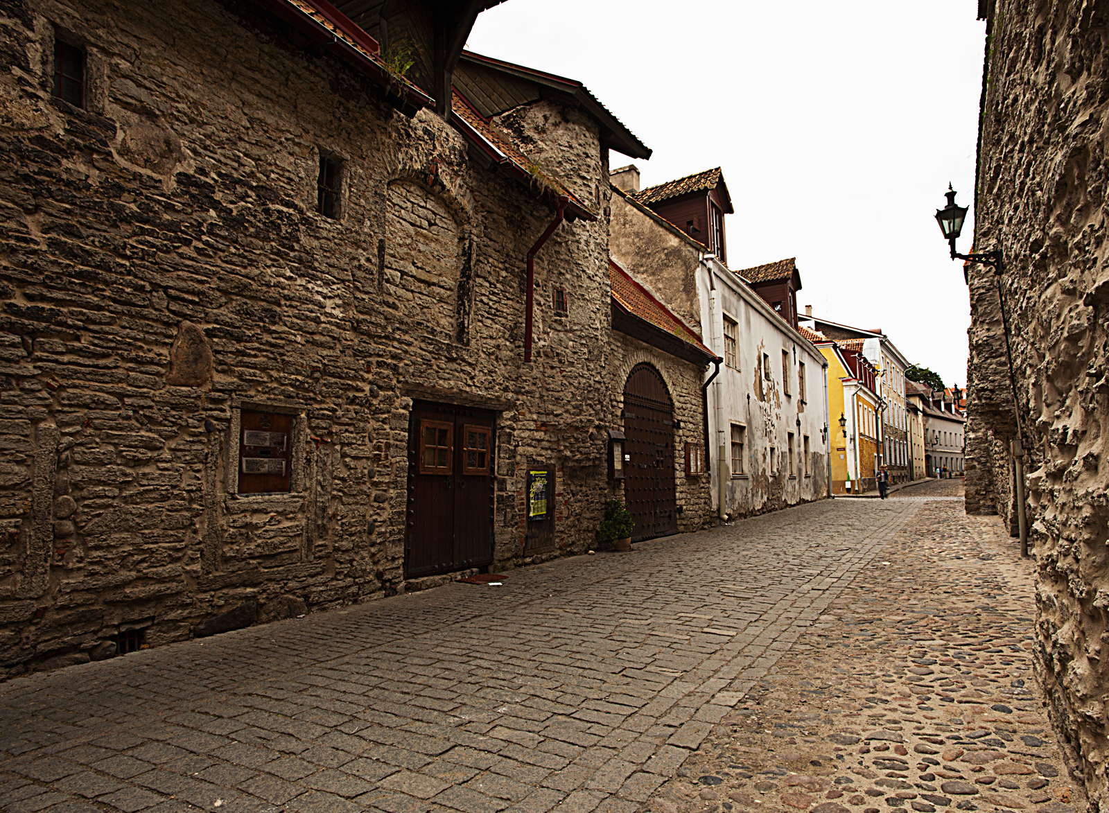 Street Views Old Castle Walls Encasing The Old Medieval