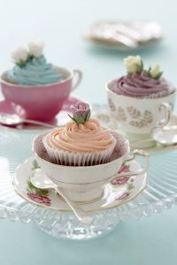 babyshower-tea-party-tazas-cupcakes