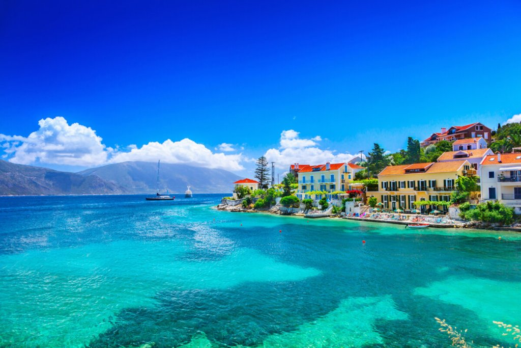 Φισκάρδο, το κοσμοπολίτικο φιόρδ της Μεσογείου