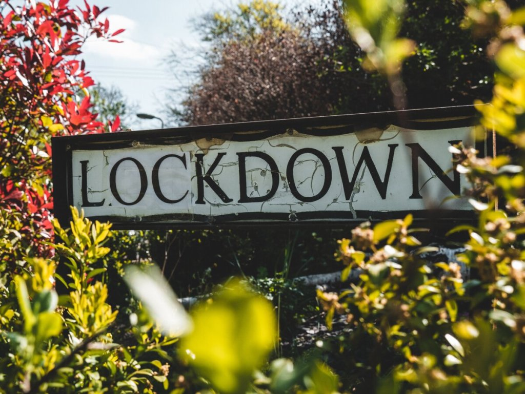 5 tips για να μην τρελαθείτε στο lockdown