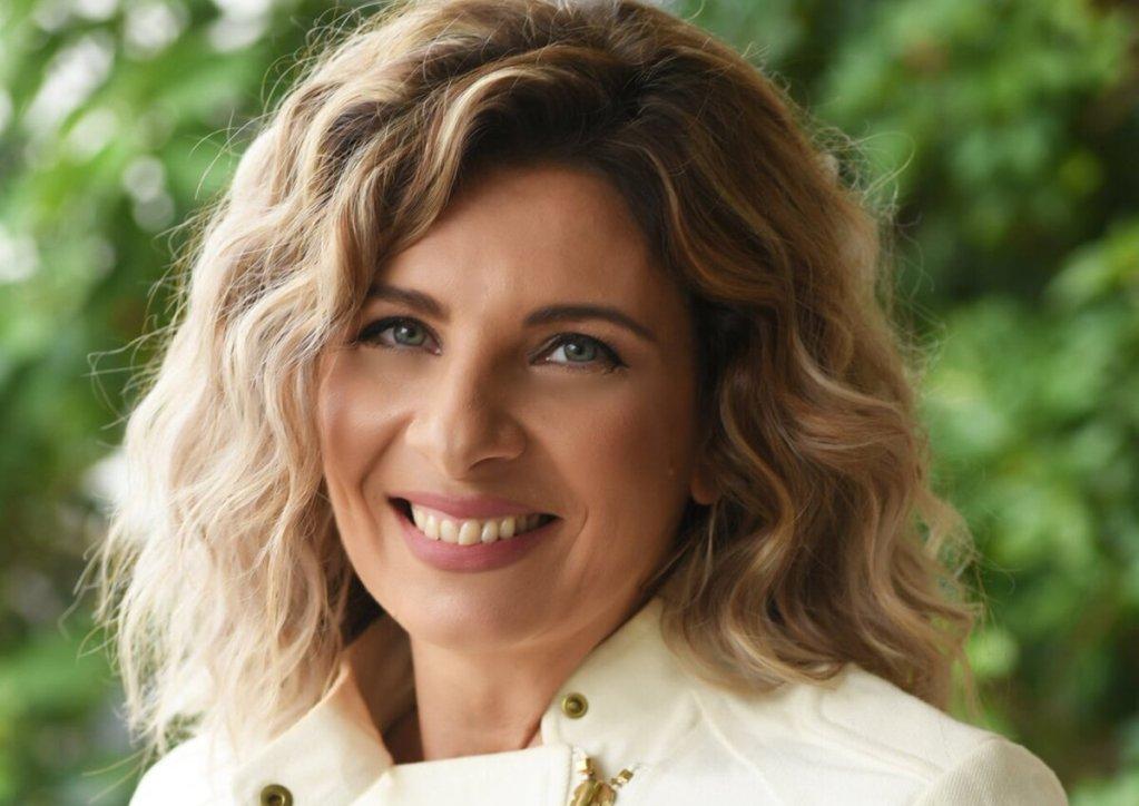 Μαρία Παναγοπούλου: Το νέο της βιβλίο στην εποχή του…glitter!