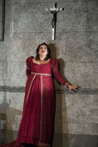 wno_tosca_-_claire_rutter_tosca_-_photo_credit_richard_hubert_smith_5345