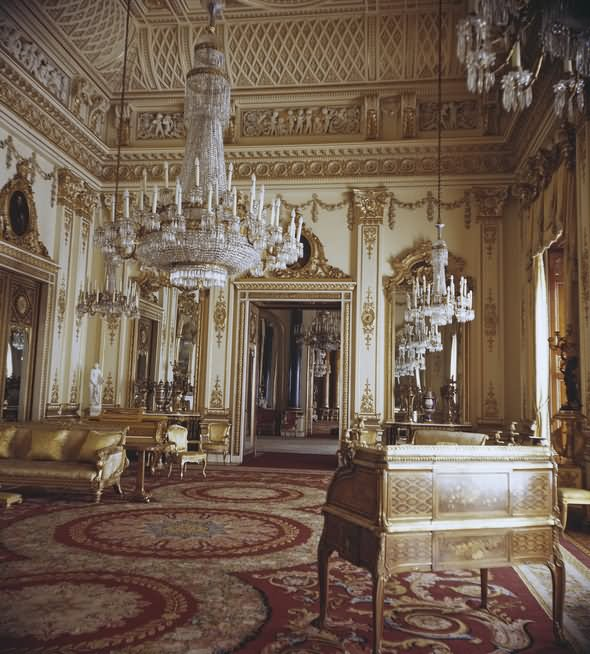 Amazing Interior Of The Buckingham Palace - THE MOST BEAUTIFUL INTERIOR PICTURES OF BUCKINGHAM PALACE LONDON