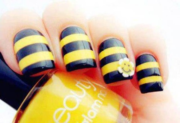 Black And Yellow Stripes Nail Art 3d Smiley Flower Design