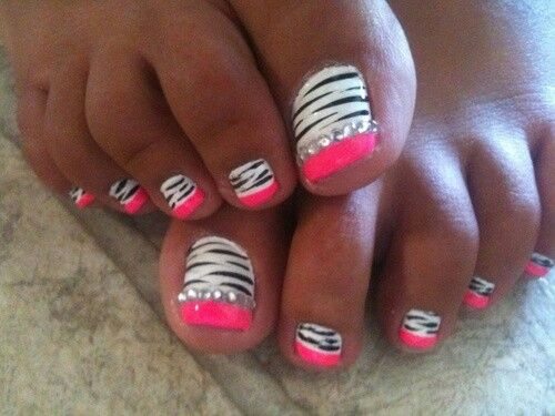 Black And White Zebra Print With Pink Tip Toe Nail Art