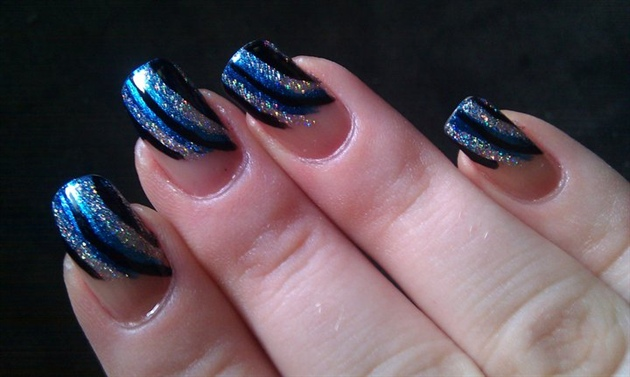 Blue And Silver Nails With Glitter A Beautiful Elegant Bination