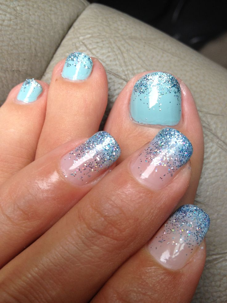Blue Nails With Sparkle Glitter Design For Toes And Hands