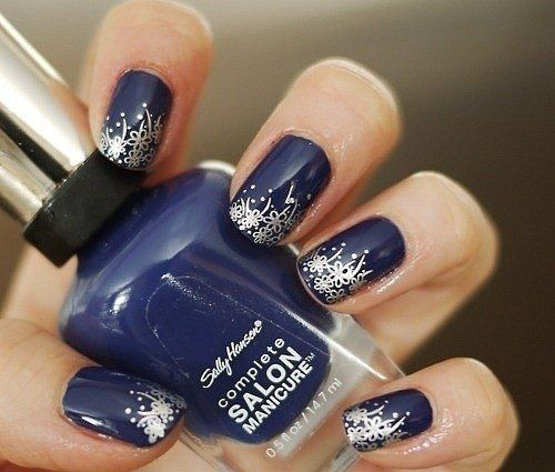 Silver Accent Navy Blue Nail Art For Prom