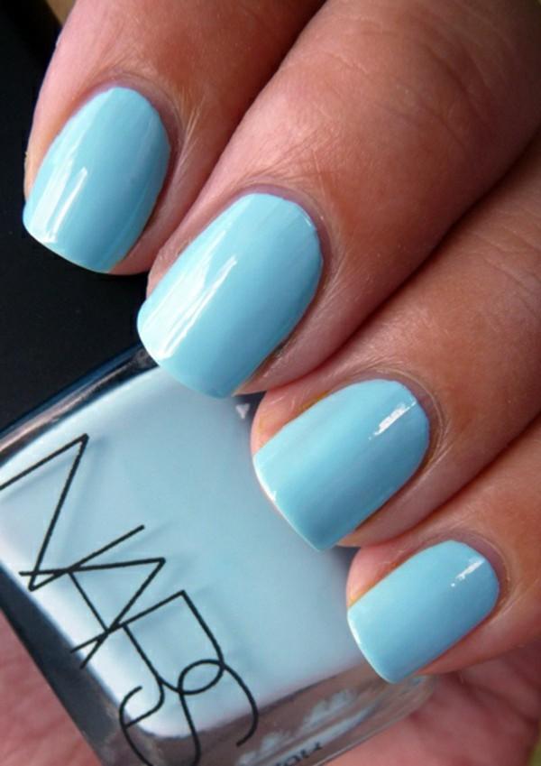 Simple Light Blue Nail Art