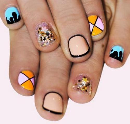 Short Geometric Nail Art Design