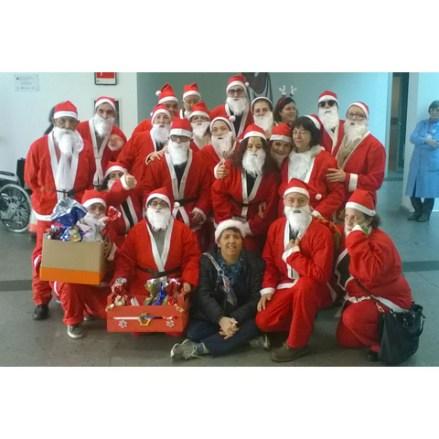 I Babbi Natale del Csm in visita all'ospedale Giovanni Paolo II di Olbia