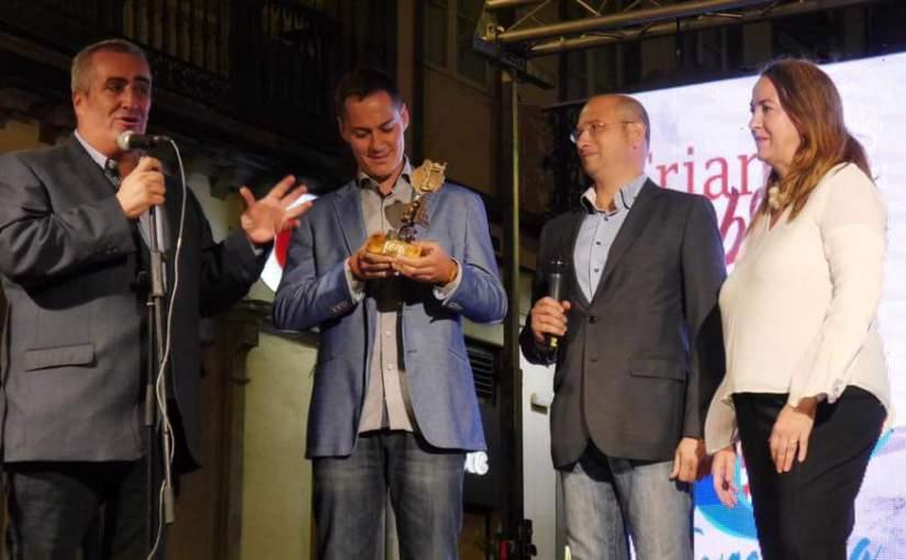 """""""Premio Triana de Honor"""" para el timplista Germán López"""