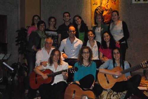 Foto de grupo tras el Concierto-Oración Solidario AS Salamanca