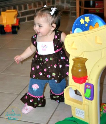 Lizzie first birthday outfit