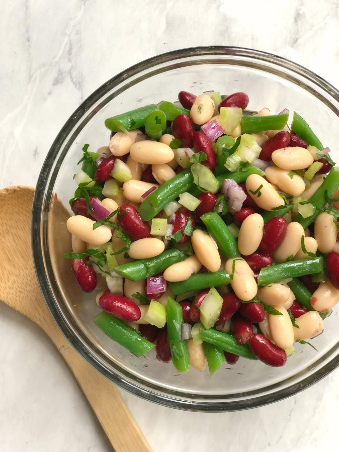 three bean salad with green beans, navy beans and cannelloni beans