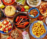Ir de tapas: cosa significa e cosa si mangia