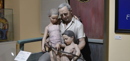 museo fallero valencia - ninot indultato - aspassoperlaspagna.it