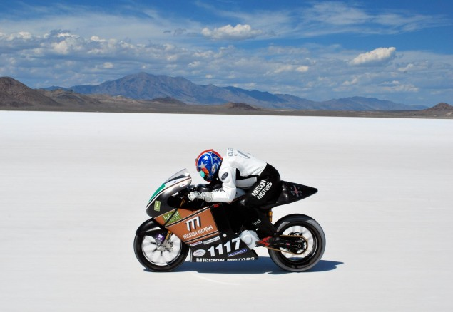 Mission-Motors-Bonneville-salt-flats-LSR