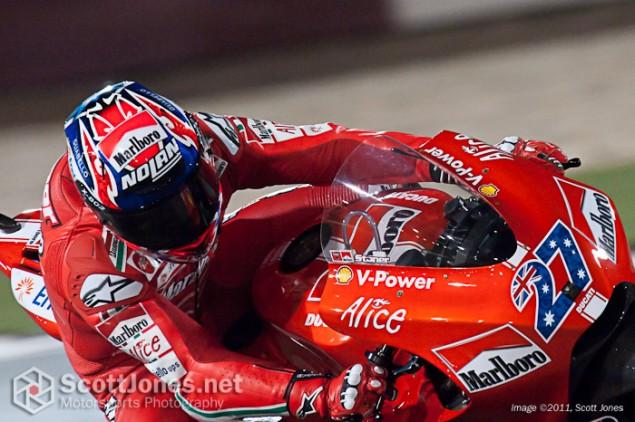2009-Casey-Stoner-Qatar-Marlboro-Ducati