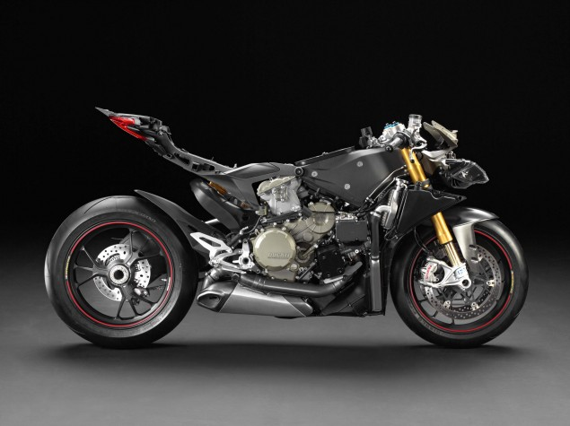 Ducati-1199-Panigale-no-fairings-01