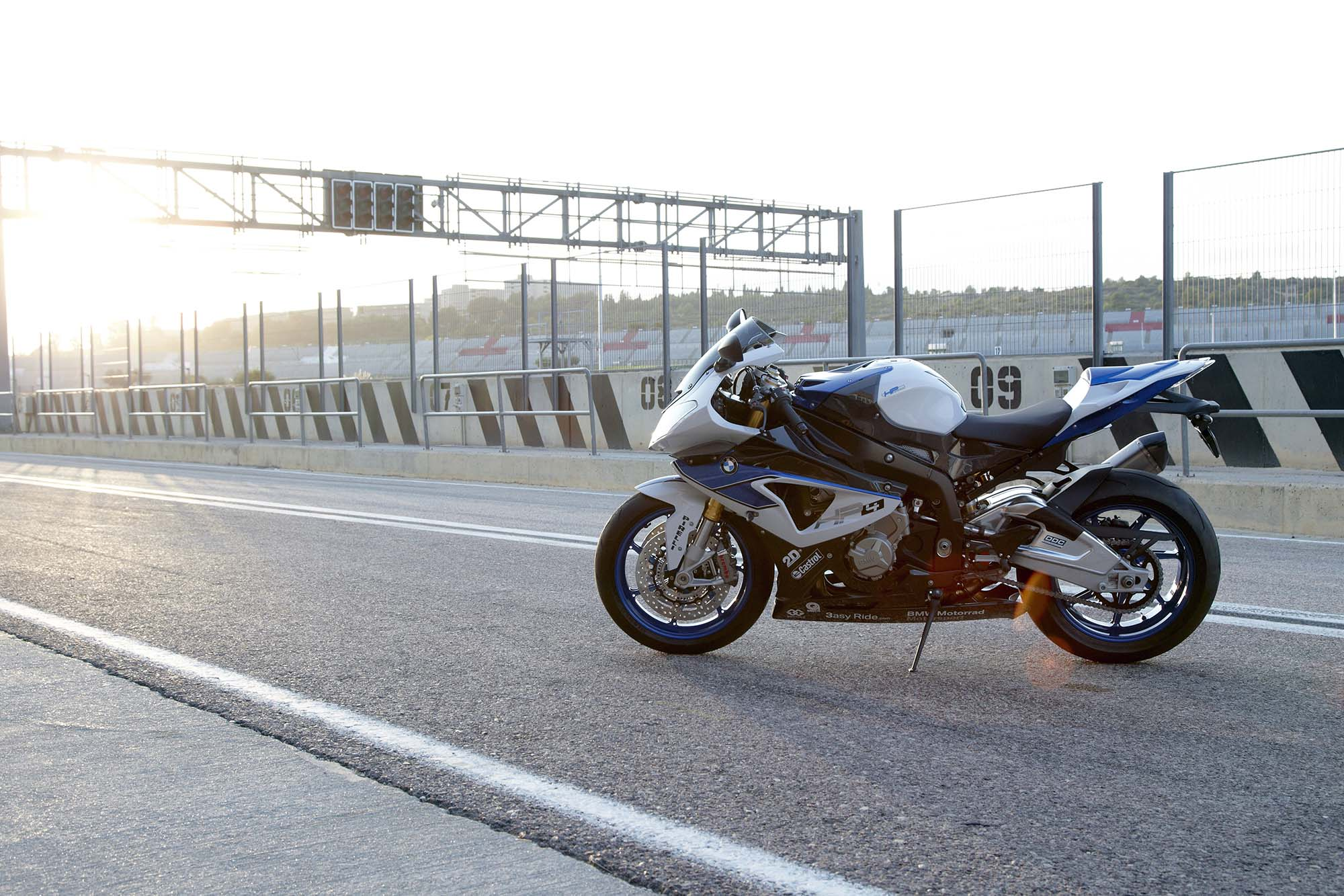 BMW HP4 Your Track Tuned S1000RR