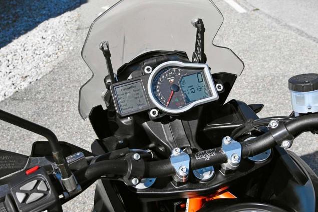 Details Drop on the 2013 KTM 1190 Adventure R 2013 KTM 1190 Adventure R Motorrad test 03 635x423