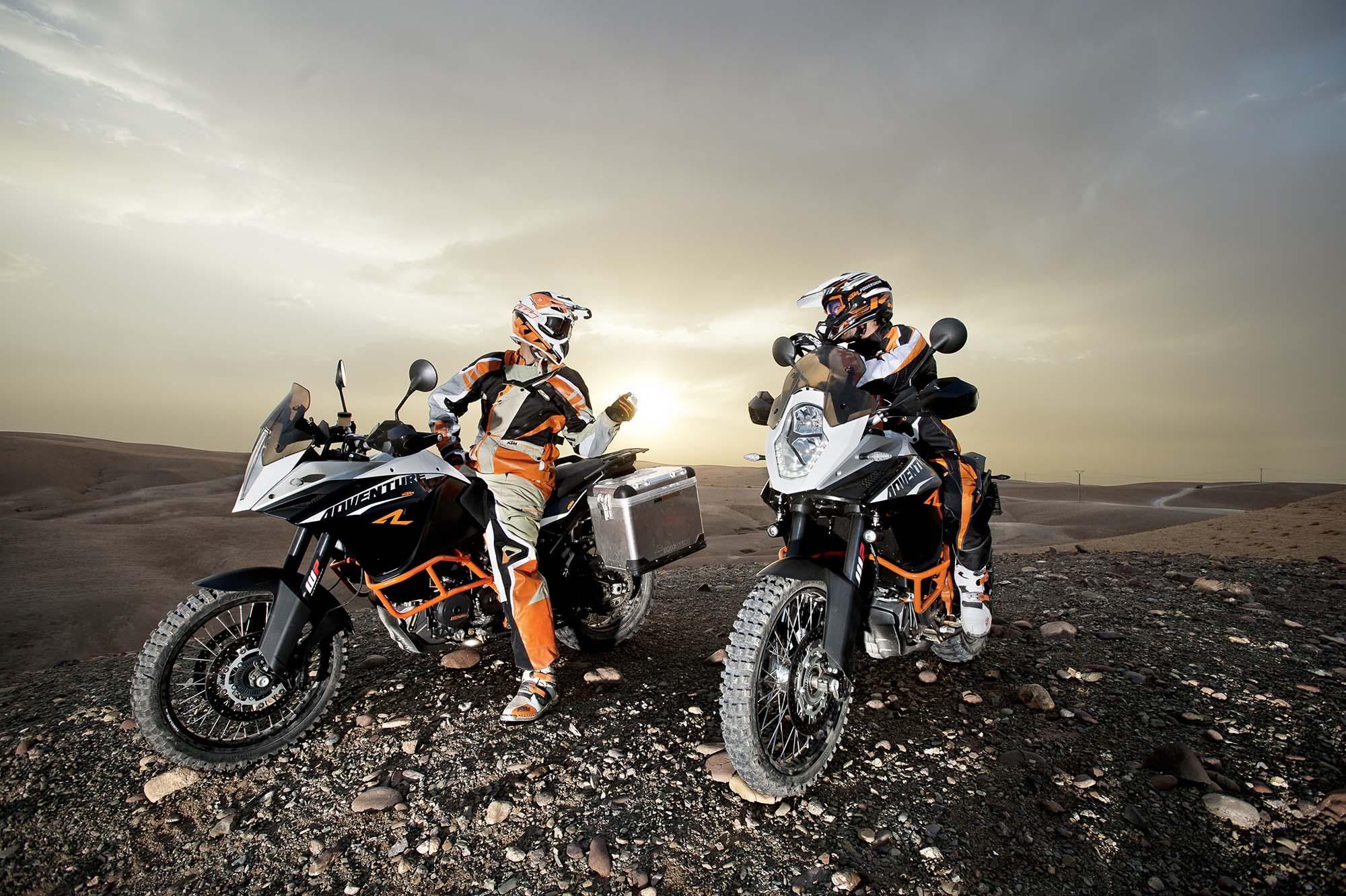 35 Photos of the KTM 1190 Adventure - Asphalt & Rubber