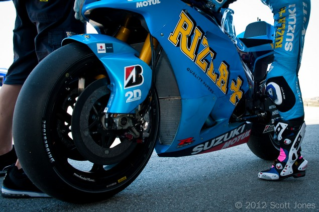 Rizla-Suzuki-MotoGP-Scott-Jones