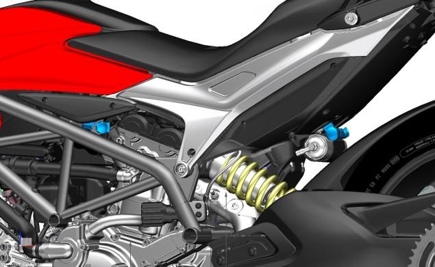 2013-Ducati-Hyperstrada-109