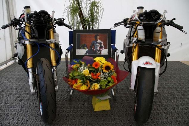 Isle-of-Man-TT-Richard-Mushet-Penz-tribute-to-Yoshi
