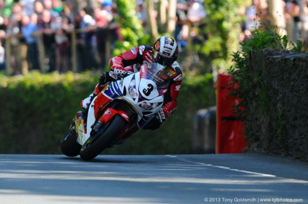 Braddan-Bridge-Union Mills-2013-Isle-of-Man-TT-Tony-Goldsmith-05