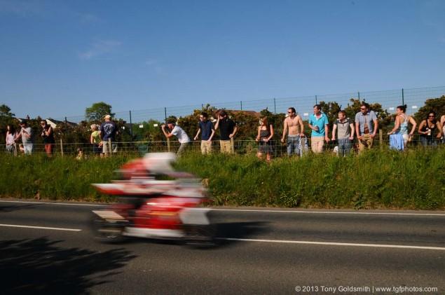 Braddan-Bridge-Union Mills-2013-Isle-of-Man-TT-Tony-Goldsmith-08