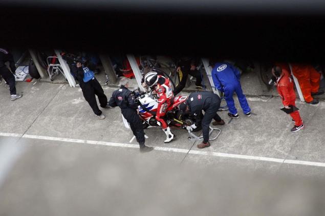 Grandstand-Isle-of-Man-TT-Ricahrd-Mushet-10