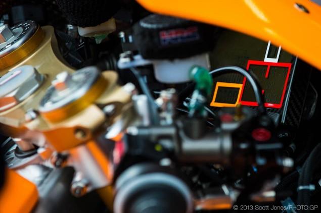 Honda-RC213V-cockpit-MotoGP-Scott-Jones