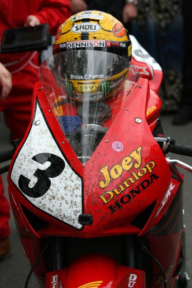 John-McGuinness-Joey-Dunlop-Honda-livery-IOMTT-Richard-Mushet-08