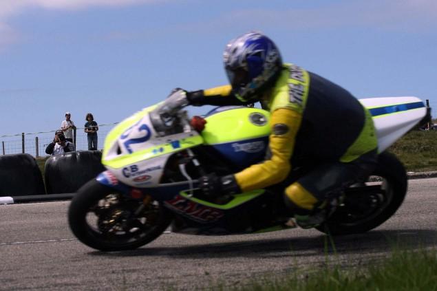 The-Bungalow-Supersport-TT-Zero-2013-Isle-of-Man-TT-Richard-Mushet-13