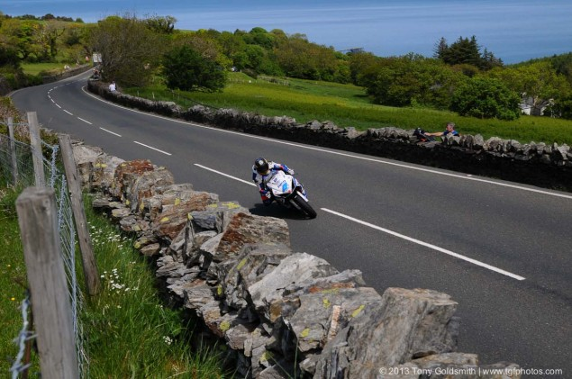 Trackside-Tuesday-Isle-of-Man-TT-2013-Tony-Goldsmith-03