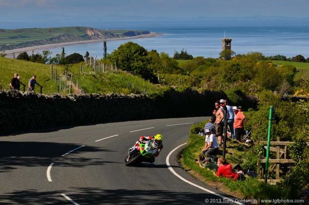 Trackside-Tuesday-Isle-of-Man-TT-2013-Tony-Goldsmith-05