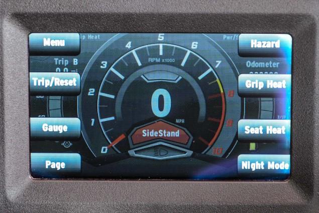 Motus-Motorcycles-MST-R-LCD-dash-03