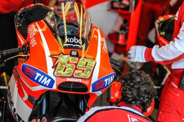 Nicky-Hayden-Laguna-Seca-MotoGP-Helmet-Jensen-Beeler-04