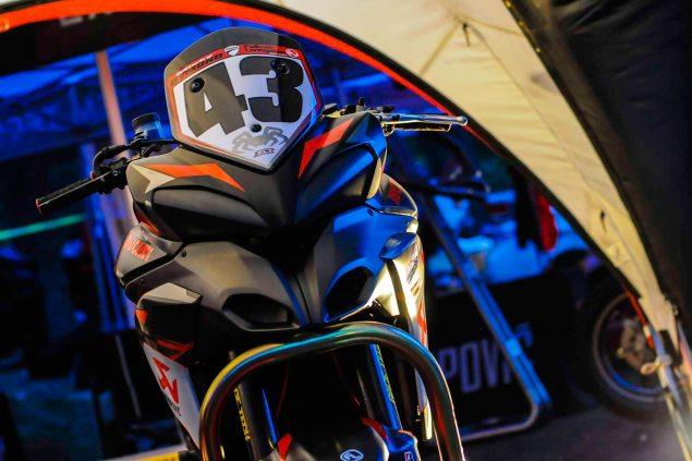 Spider-Grips-Ducati-Multistrada-1200-S-Pikes-Peak-race-bike-02