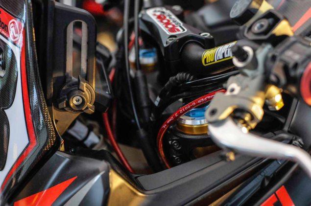 Spider-Grips-Ducati-Multistrada-1200-S-Pikes-Peak-race-bike-23