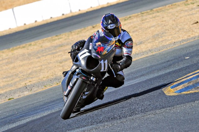 Taylormade-Carbon2-moto2-race-bike-04