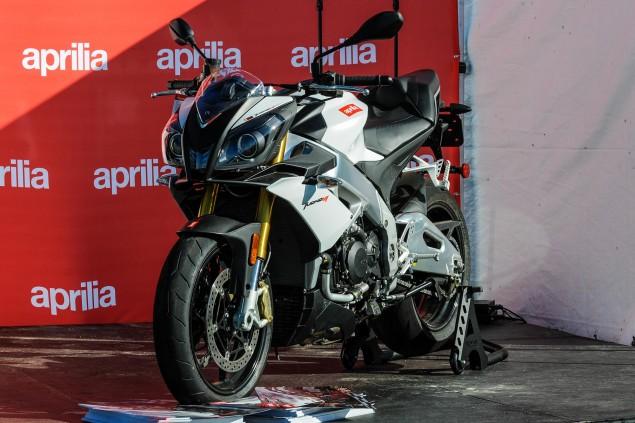 2014-Aprilia-Tuono-V4-R-APRC-ABS-02