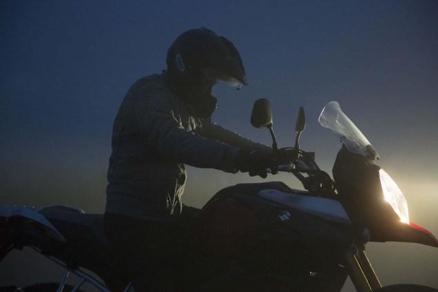 2014-Suzuki-V-Strom-1000-action-13