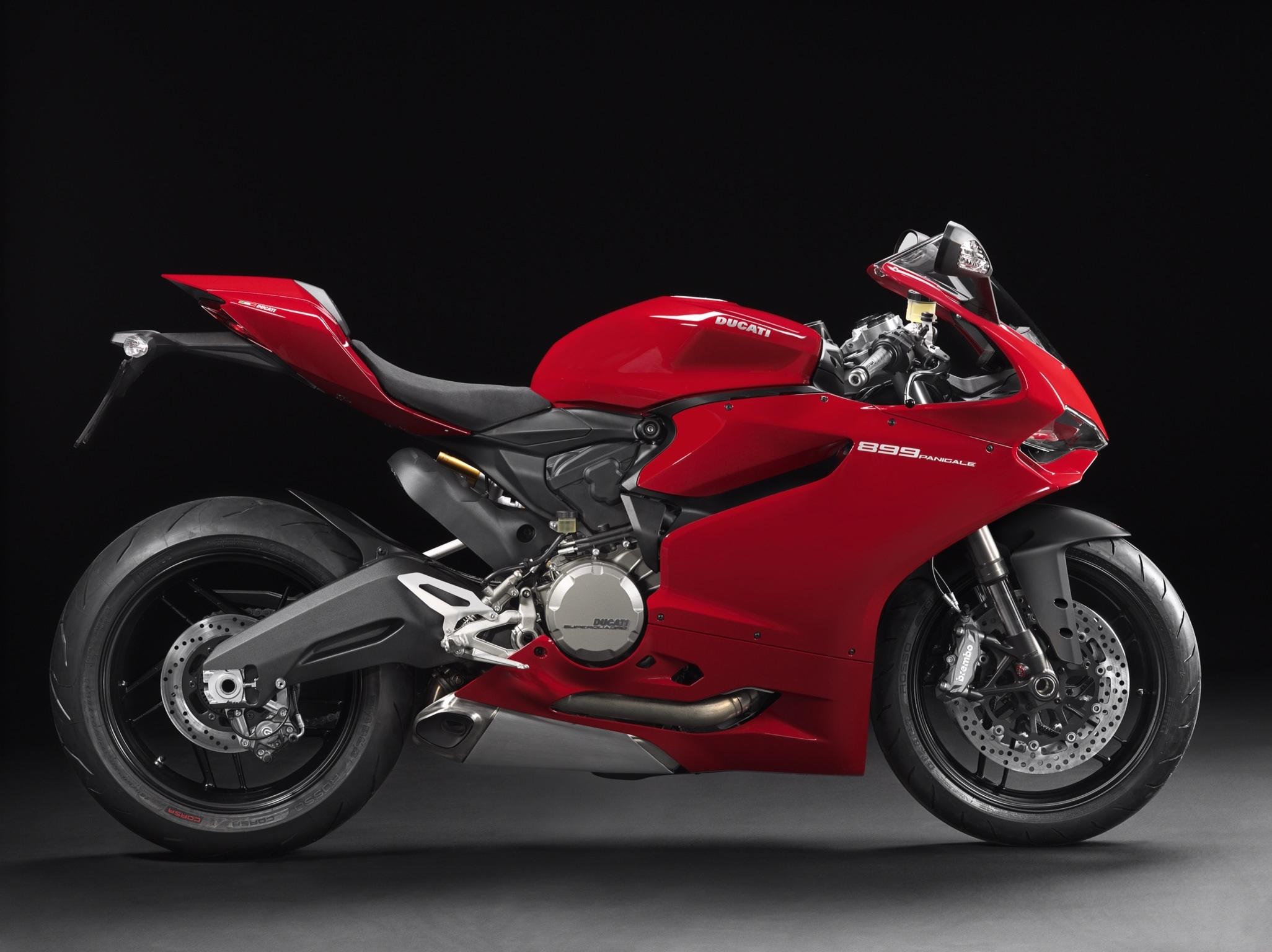 2014 Ducati 899 Panigale Breaks Cover - Asphalt & Rubber
